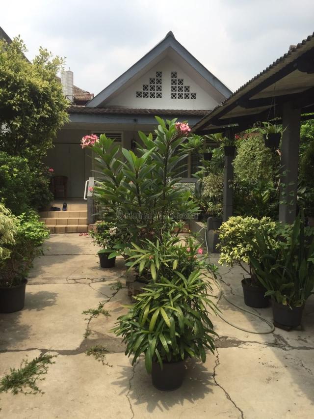 Rumah hitung tanah di palmerah utara, Palmerah, Jakarta Barat