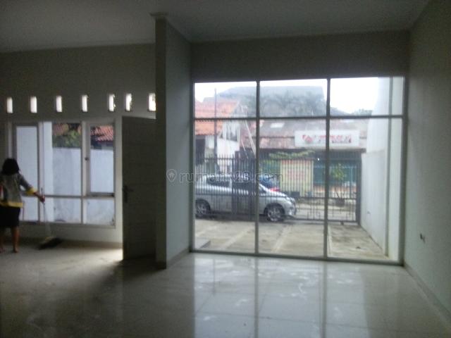 Rumah Lokasi Strategis Pinggir Jalan Bisa Buat Hunian, Usaha Dan Kantor