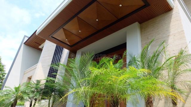 Pondok Indah, Rumah Baru..Luxuriou House..3 Lantai..Mewah, Siap Huni
