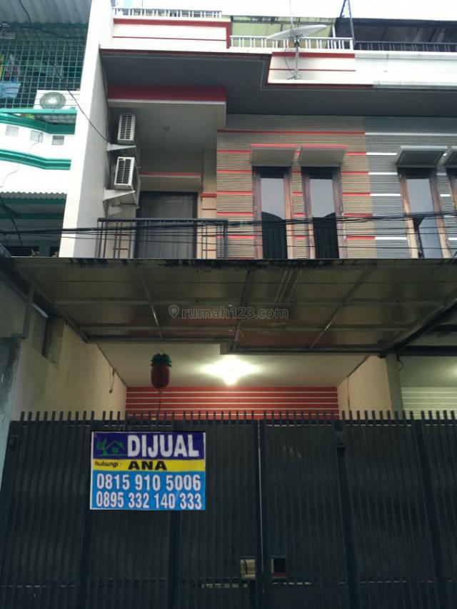 Rumah Di Jelambar Pinggir Jalan Ramai Cocok Utk Usaha