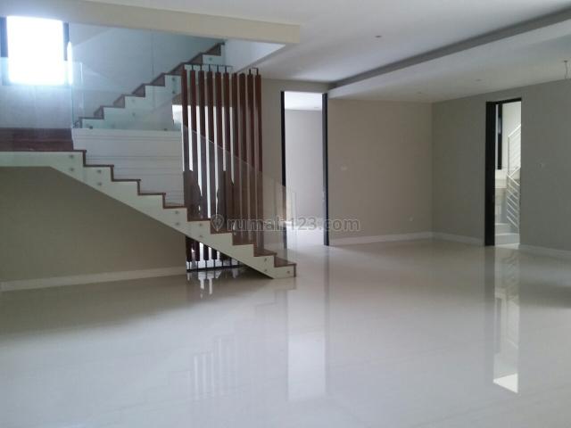Rumah Baru Minimalis 2 Lantai Di Araya, Surabaya