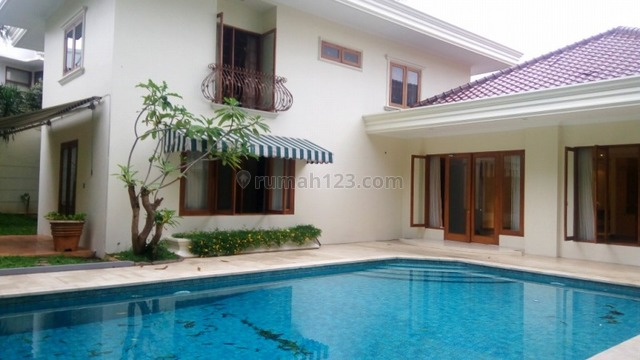 """Comfortable and beautiful house In Kemang for expatriat and others """"The price can be negotiable"""", Kemang, Jakarta Selatan"""