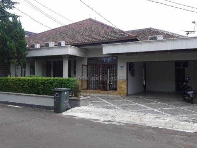 HOUSE 425M2/700M2 CLUSTER TOWN HOUSE, S POOL, RP 43.876.000,-/BLN + ppn @ JL TELADAN FATMAWATI CIPETE JAKARTA SELATAN, Gandaria, Jakarta Selatan