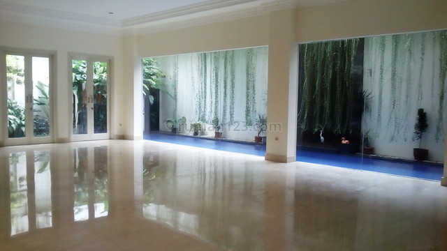 "Nice house in kemang area for expatriat and others ""limited edition"", Kemang, Jakarta Selatan"