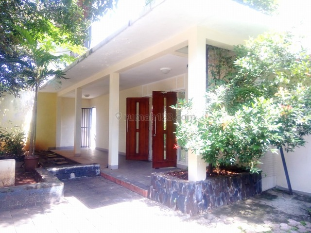"""Good house in SCBD area, suitable for office """"limited edition"""", SCBD, Jakarta Selatan"""