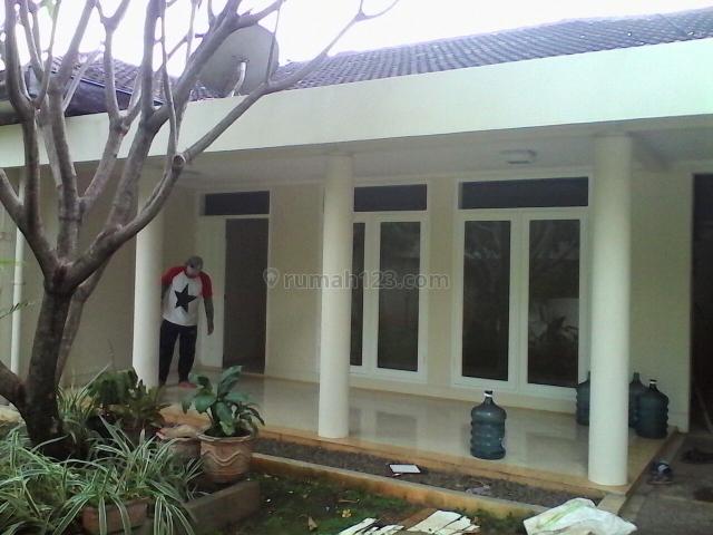 Nice House With Swiming Pool @ Kemang, Kemang, Jakarta Selatan