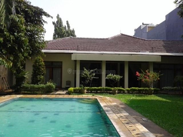 HOUSE 800 SQM, LAND 1.300 SQM, BIG HOUSE & LUXURIOS, SWIMMING POOL, GAZEBO  @ KEMANG SELATAN JAKARTA SELATAN, Kemang, Jakarta Selatan