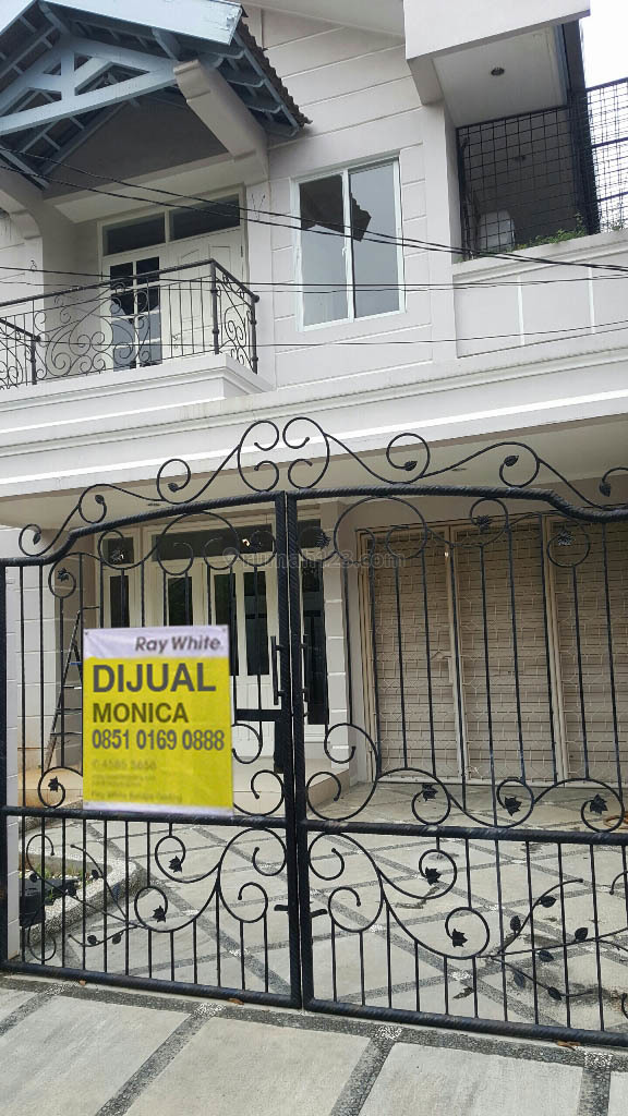 Rumah 2 Lantai Janur Elok, Luas 9x17m2, Kelapa Gading, Jakarta Utara