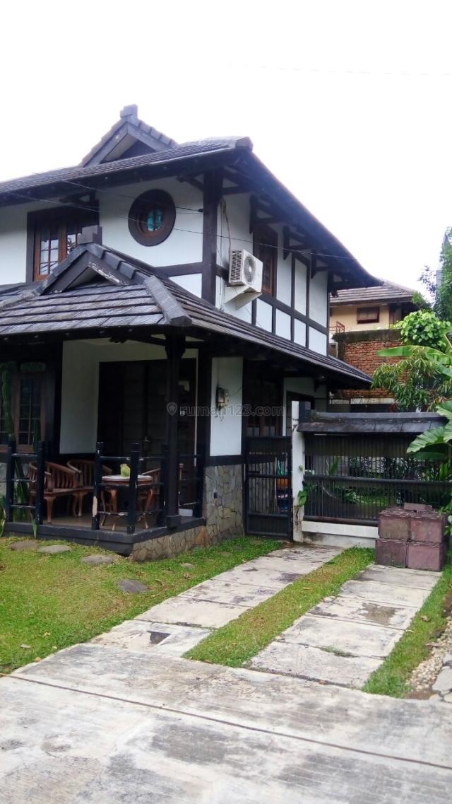 Rumah di lingkungan asri tenang di Sentul City, Sentul City, Bogor