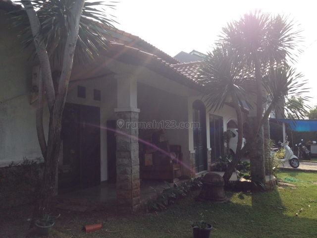 rumah bagus di Kav.AL, Duren Sawit, Jakarta Timur
