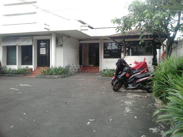Rumah Pinggir Jalan Cocok Untuk Usaha, di Siliwangi, Sukasari, Bogor
