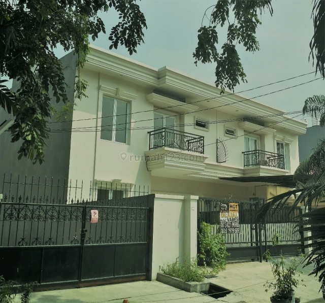 dijual rumah baru gaya mediterania 2495155
