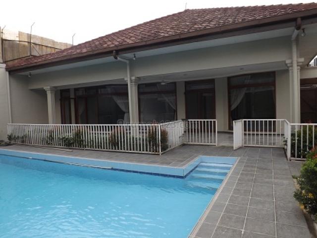 HOUSE 430M/850M2, MODERN,   4 BR, RP 28.595.000,- /  month excl. VAT, S POOL  @ JL H JIAN  CIPETE JAKARTA SELATAN, Cipete, Jakarta Selatan