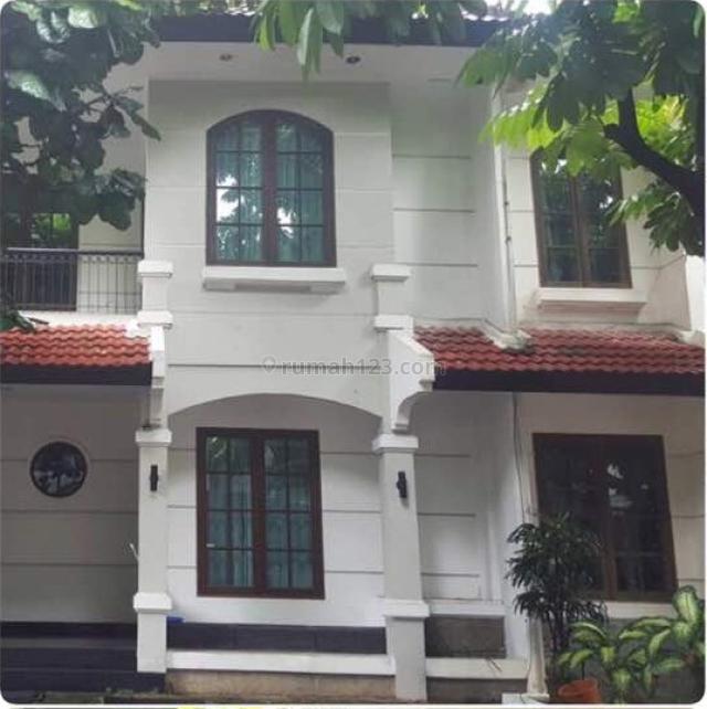 Rumah di Permata Palmerah Residence, Jakarta Selatan, Lokasi sangat strategis, Fasilitas ada kolam renang,basket, security 24 jam, Kemandoran, Jakarta Selatan