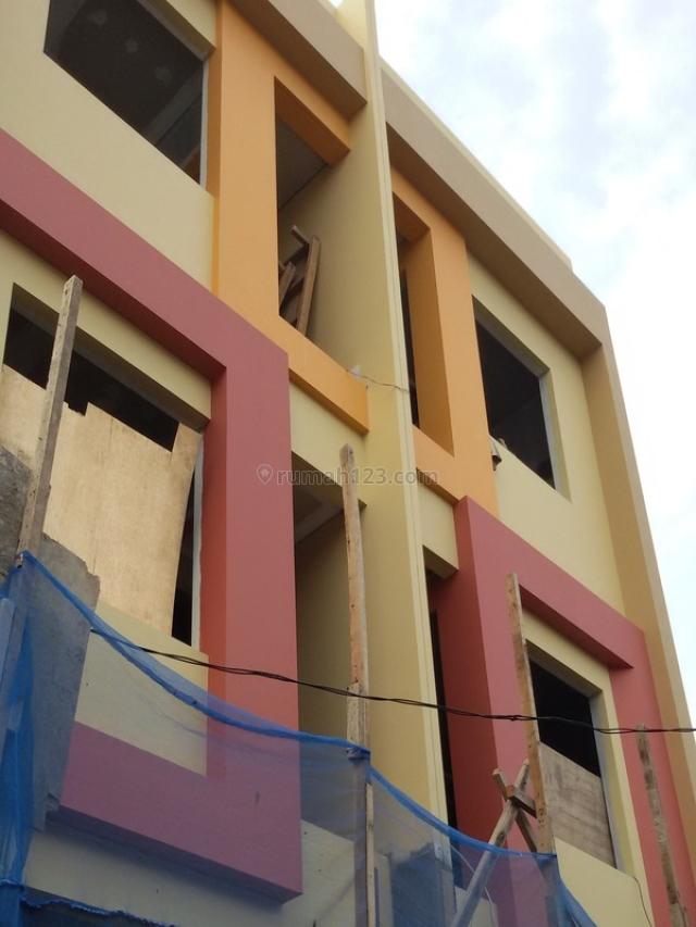 House for sale 3 floors 2 bedrooms hos2538951 for Kitchen set jakarta barat
