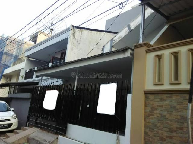 Rumah 1 lantai siap huni di Green Ville, Green Ville, Jakarta Barat