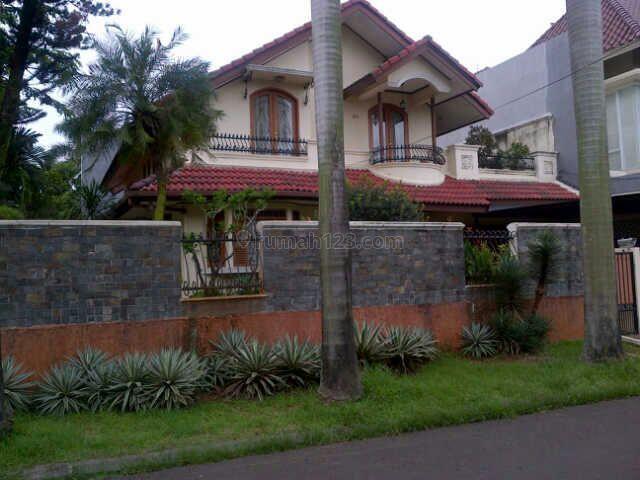 Rumah di Pondok Indah, Lokasi Bagus, Jarang Ada, Pondok Indah, Jakarta Selatan