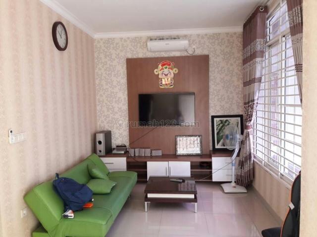 Rumah cantik FULL Furnished, Green Lake City, Jakarta Barat