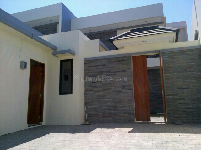 villa Baru Minimalis siap Huni Di Balangan jimbaran Bali, Jimbaran, Badung