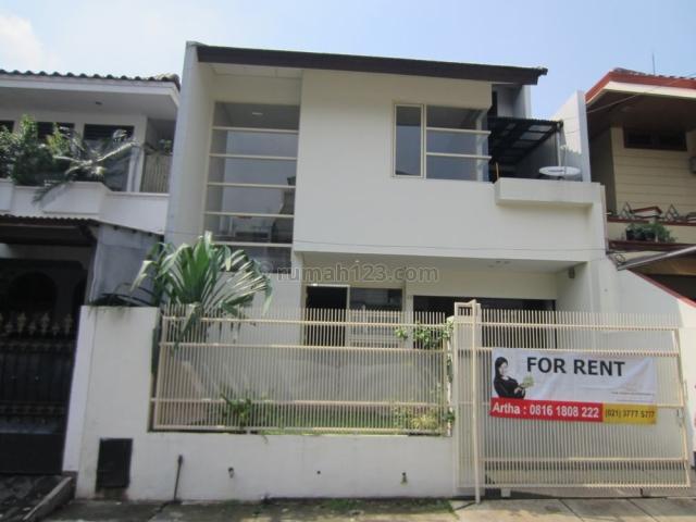 Rumah Minimalis di Alam Segar-Pondok Indah. Dekat PIM 2. Semi Furnish, Pondok Indah, Jakarta Selatan