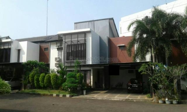 Rumah Cantik dalam Komplek Bagus di Pondok Labu, Lebak Bulus, Pondok Labu, Jakarta Selatan
