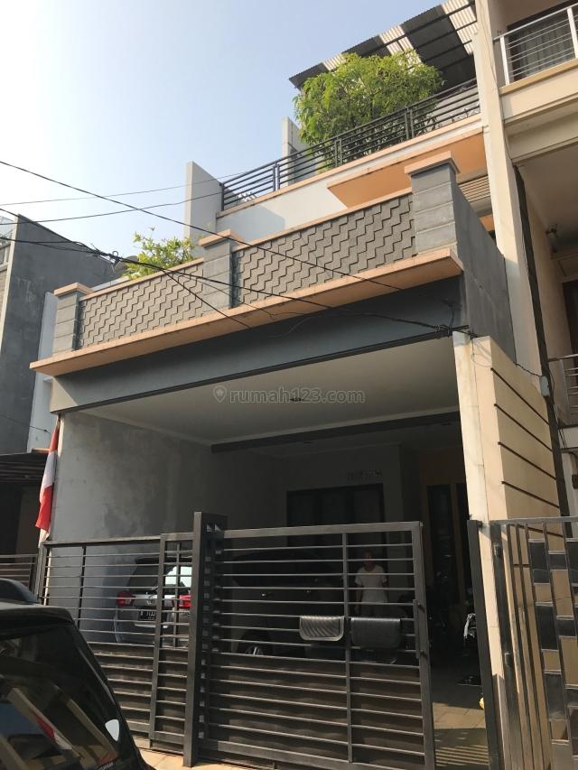 Rumah bagus di Kelapa Gading,bebas banjir,siap pakai, Kelapa Gading, Jakarta Utara