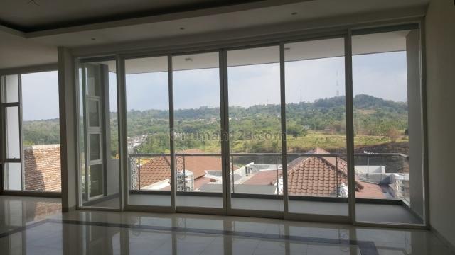 Rumah Mewah View Bukit Graha Candi Golf Semarang, Jangli, Semarang