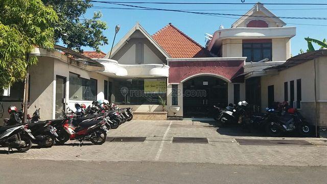 Raya Darmo, Surabaya