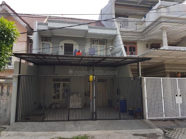 Rumah bagus & terawat di Taman Palem. Siap huni, Taman Palem, Jakarta Barat