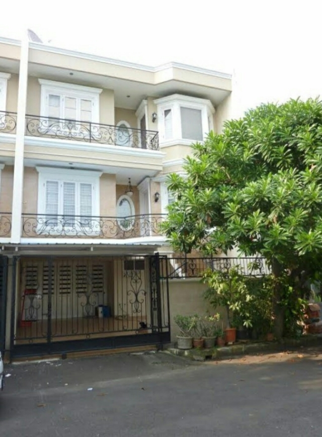 Rumah asri bagus siap huni, Kelapa Gading, Jakarta Utara