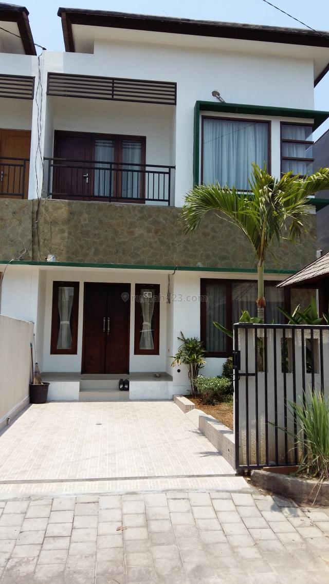 Rumah / Modern house at strategic location at Jimbaran, Bali, Jimbaran, Badung