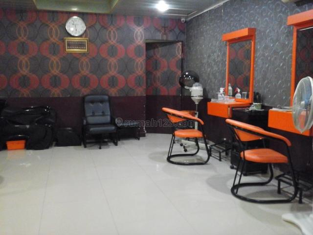 Rumah bagus siap huni di Makaliwe GROGOL Jakarta Barat, Grogol, Jakarta Barat
