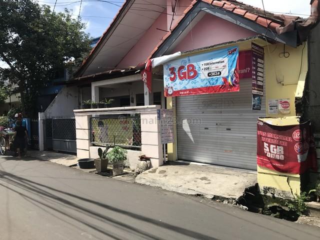RUMAH LAMA SIAP HUNI DI POLTANGAN DEKAT TOL SIMATUPANG JAKARTA SELATAN, Tanjung Barat, Jakarta Selatan