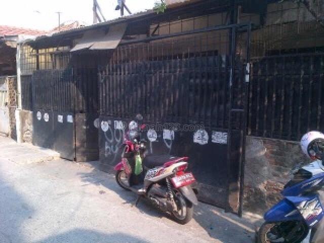 rumah tua 2 lantai daerah taman sari, Mangga Besar, Jakarta Barat