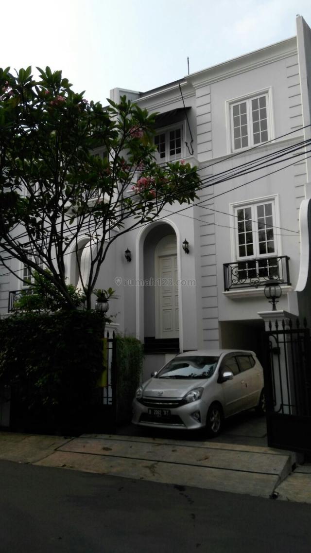 Rumah Baru Di Lokasi Strategis, Cipete, Jakarta Selatan