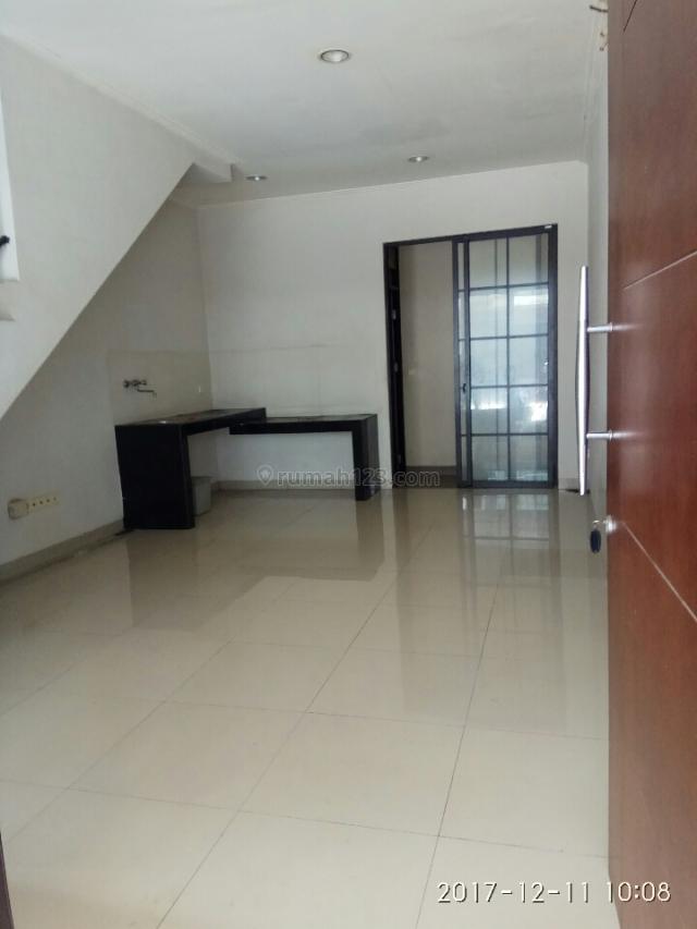 Rumah minimalis Siap Huni 2 kamar, Green Lake City, Jakarta Barat