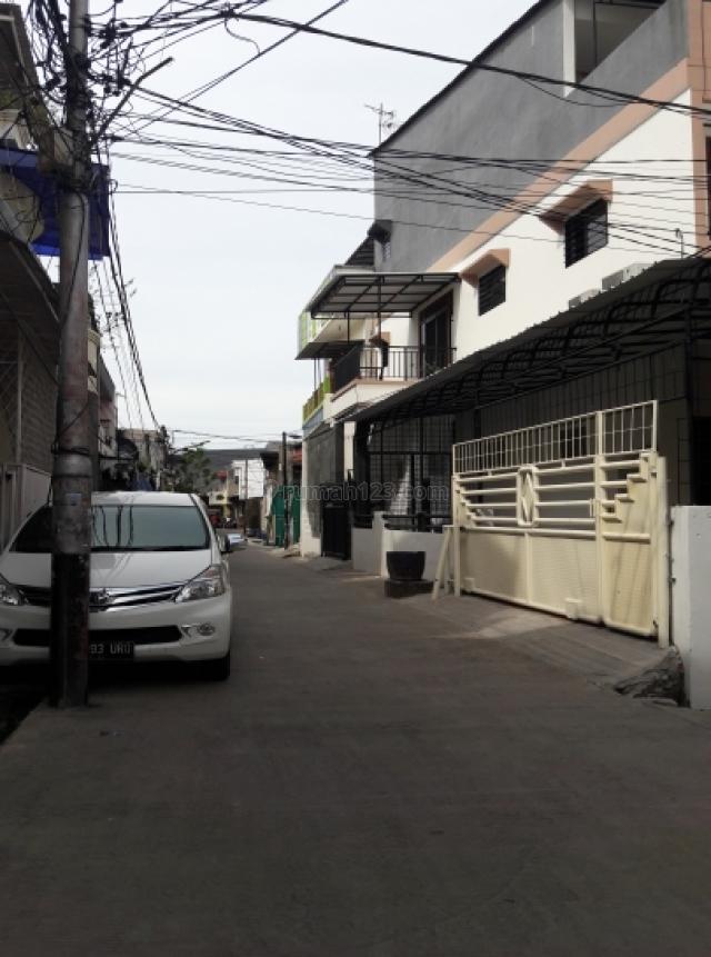 rumah di teluk gong, Teluk Gong, Jakarta Utara