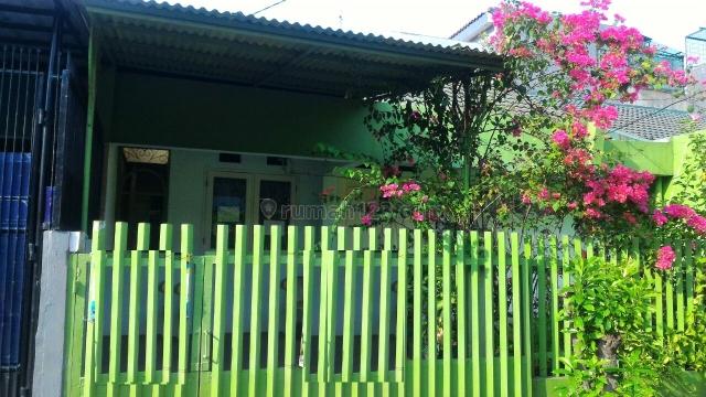 Rumah Cantik Daerah Kebon Jeruk minimal 2 tahun || Hubungi CHRIST 081280069222 PR-009708, Kebon Jeruk, Jakarta Barat