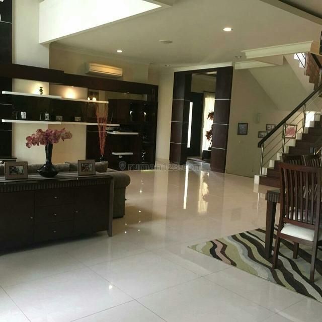 Rumah MEWAH FURNISH SIAP HUNI, Gading Serpong Pondok Hijau Golf, Tangerang