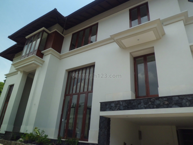 New Luxury ~ Cluster Exclusive ~ USD 3.500/Bulan, Kemang, Jakarta Selatan
