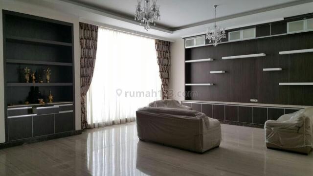 Rumah Siap Huni Dan Rapih di Phinisi Indah, Pantai Indah Kapuk, Jakarta Utara