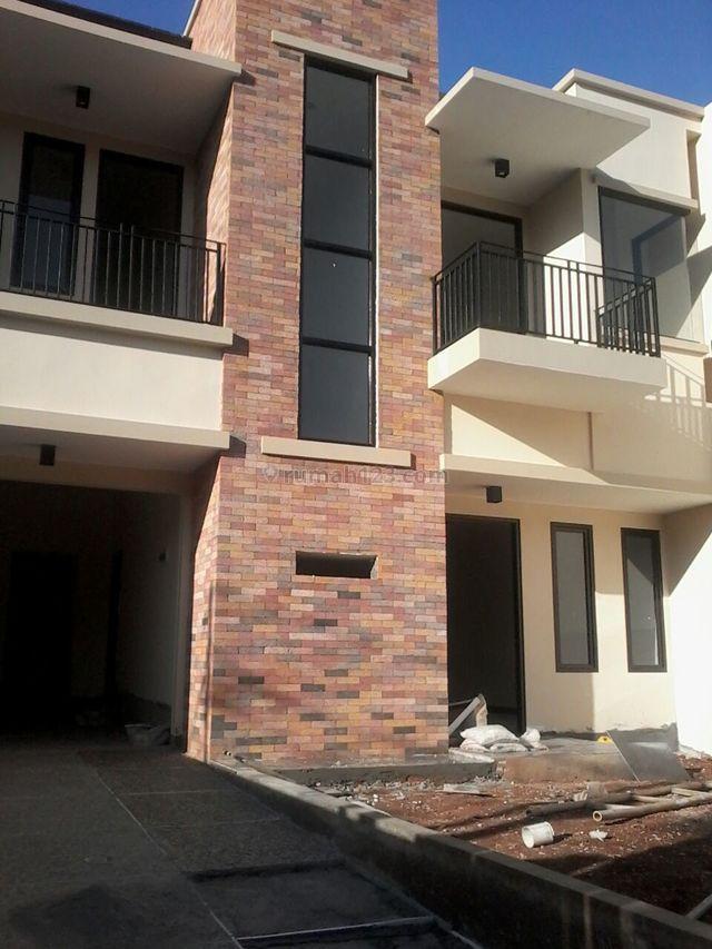 Rumah Baru,minimalis Modern,tenang dan Nyaman,strategis, Kemang, Jakarta Selatan