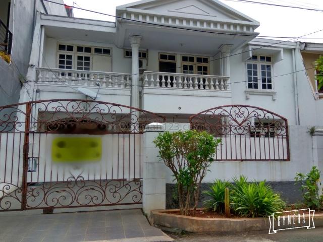 Rumah Janur Hijau, Kelapa Gading, Jakarta Utara