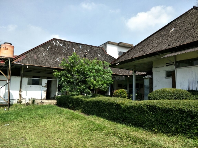 RUMAH DI PUSAT KOTA (KAWASAN GEDUNG SATE) BANDUNG, Coblong, Bandung
