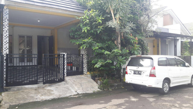 RUMAH SEMI FURNISHED 1,1/2 LANTAI SIAP HUNI DI MELATI MAS BSD (luc705), BSD, Tangerang