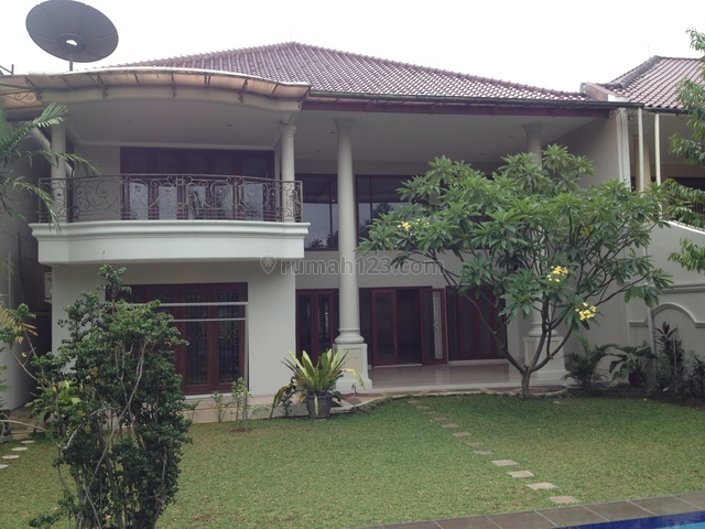 Nice house,prestigious and best location,near hero and Nis, Kemang, Jakarta Selatan