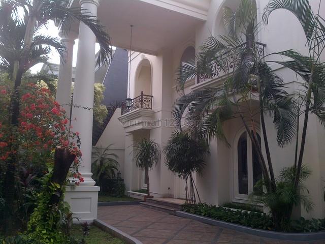 Bright,beautiful House In The Best&prestigious Location, Kemang, Jakarta Selatan