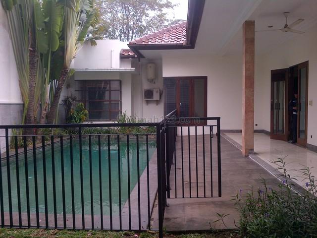 Nice House,comfortable,fully Furnished,strategic, Kuningan, Jakarta Selatan