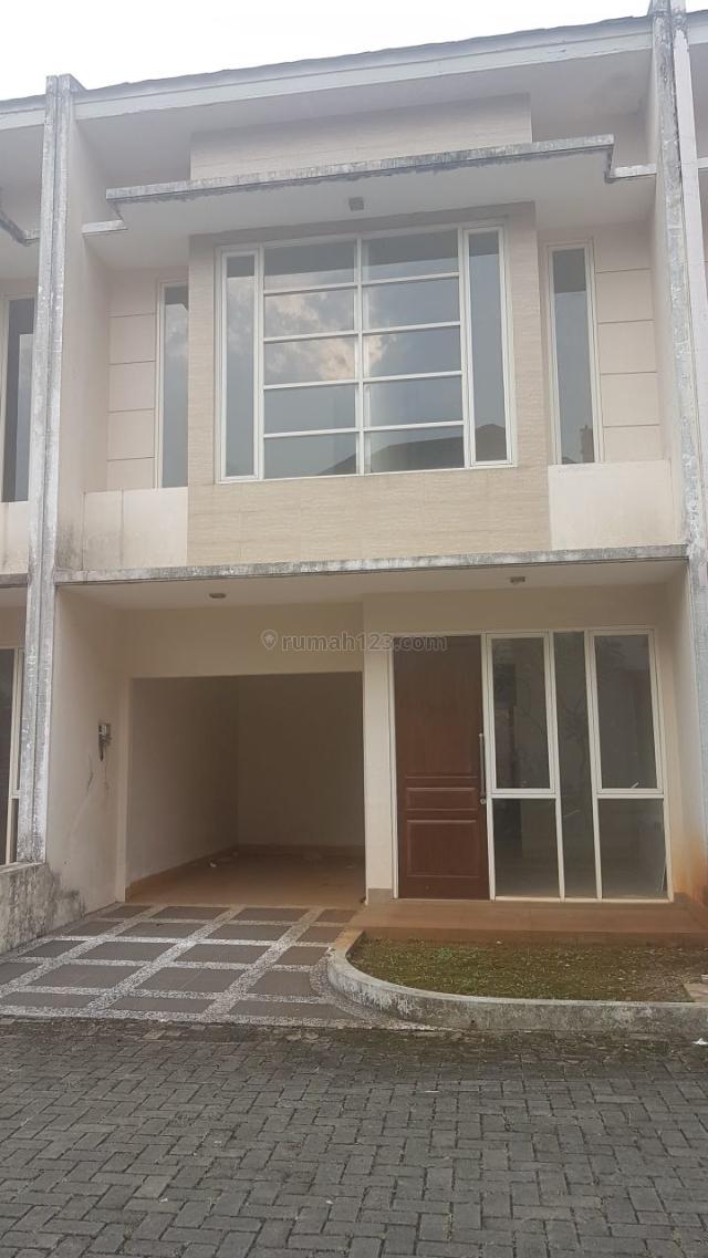 Rumah Dalam Town House, Cireundeu, Tangerang
