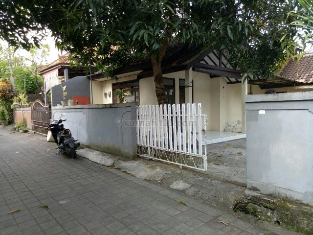 Rumah sekond butuh revasi ringan Di dalung permai badung badung, Dalung, Badung